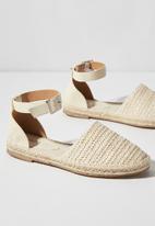 Cotton On - Audrey ankle strap espadrille  - off white raffia