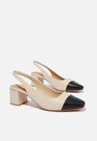 Cotton On - Lucia low block heel - pale taupe black