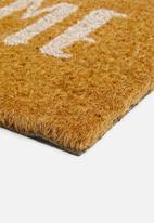 Present Time - Happy home door mat - white