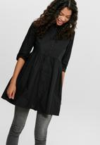 Jacqueline de Yong - Ulle 3/4 shirt dress - black