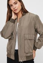 Vero Moda - Pau short jacket - khaki