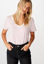 Cotton On - The one fitted V-tee Josie stripes - white & pink