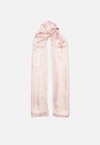 Superbalist - Light weight shawl - pink