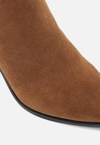 ALDO - Arolia suede boot - brown