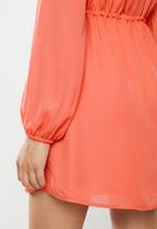 Glamorous - Tie waist dress - orange