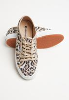SUPERGA - 2750 Animal fantasy - beige & brown