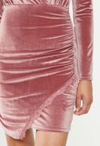 Missguided - Velvet ls lace insert wrap mini dress - pink