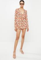 Glamorous - Floral long sleeve playsuit - peach & red