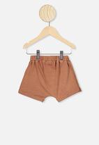 Cotton On - Sawyer short - brown
