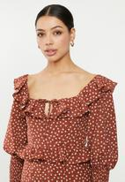 Missguided - Ditsy floral shirred milkmaid mini dress - multi