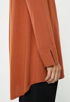 edit - Mandarin viscose tunic - rust