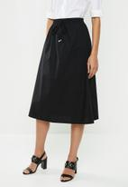 edit - Full skirt with elasticated band - black