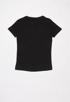 name it - Lina short sleeve slim top - black