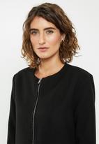 edit - Collarless coat - black