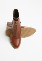 Miss Black - Cyna boot - tan