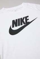 Nike - Nike boys futura short sleeve tee - white