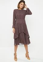 edit - Tiered romantic midi dress - brown & pink
