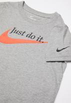 Nike - Palatino swoosh short sleeve tee - grey