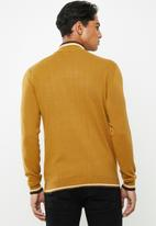Brave Soul - Hallis turtleneck knitwear - mustard
