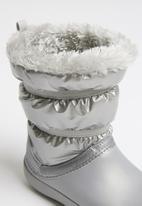 Crocs - Lodgepoint metallic boot  - silver