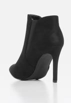 Miss Black - Belle boot - black