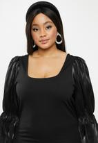 Glamorous - Plus square neck blouse - black