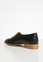 Miss Black - Aquai pump - black