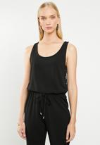 Jacqueline de Yong - Bell sleeveless lace jumpsuit - black