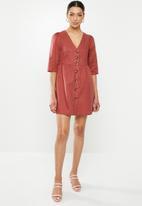 Glamorous - 3/4 sleeve button through mini - red