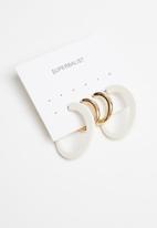Superbalist - 2 Pack hoop earrings set - gold & white