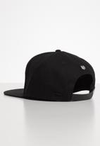 S.P.C.C. - Becker flat peak cap - black
