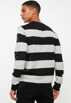 Brave Soul - Tamson stripe crew knitwear - black & grey