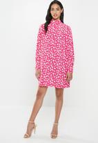 Glamorous - Petite spot leopard tunic - pink & white