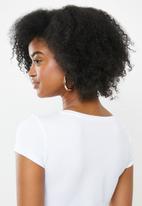 Sissy Boy - Round neck basic with mixed logo transfer - white