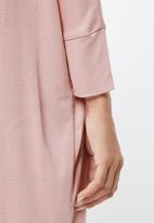 edit - Drapey knit dress - pink