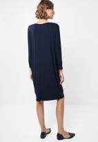edit - Drapey knit dress - navy