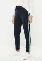 Vero Moda - Maya mr loose tape pants - navy