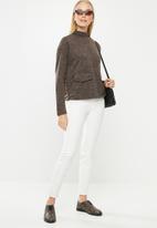 Vero Moda - East long sleeve high neck top - brown