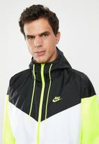 Nike - Nike sportswear windrunner hooded jacket - multi