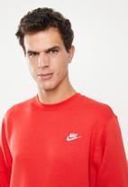 Nike - Nsw club crew sweater - red