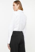 POLO - Arabelle concealed front shirt - white