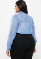 Glamorous - Plus kitty bow blouse - blue