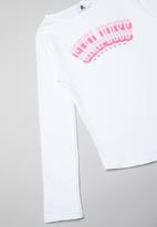 Rebel Republic - Girl boss tee - white