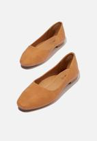 Cotton On - Essential candice ballet - tan nubuck