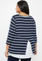 JUNAROSE - Dessie 3/4 sleeve pullover - navy & white