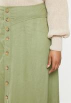 Carmakoma - Plus palm linen mix button skirt - khaki