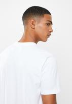 adidas Originals - Tartan tongue tee - white