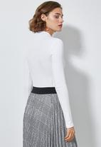 Superbalist - Rib long sleeve bodysuit - white