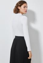 Superbalist - 2 Pack long sleeve high neck bodysuit - black & white