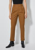 Superbalist - Tapered trousers - brown